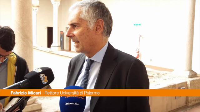 Micari presenta Libro Bilancio di 6 anni del suo rettorato a Palermo